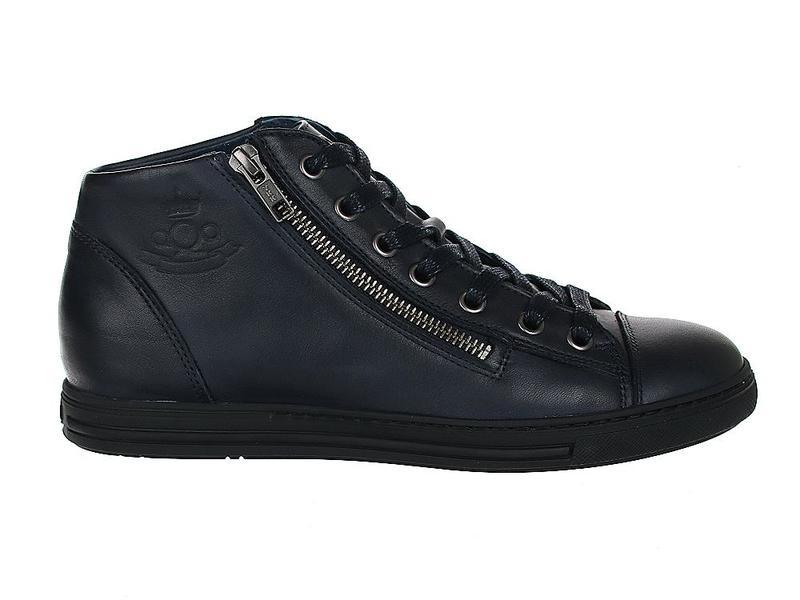 AQA Shoes A5821