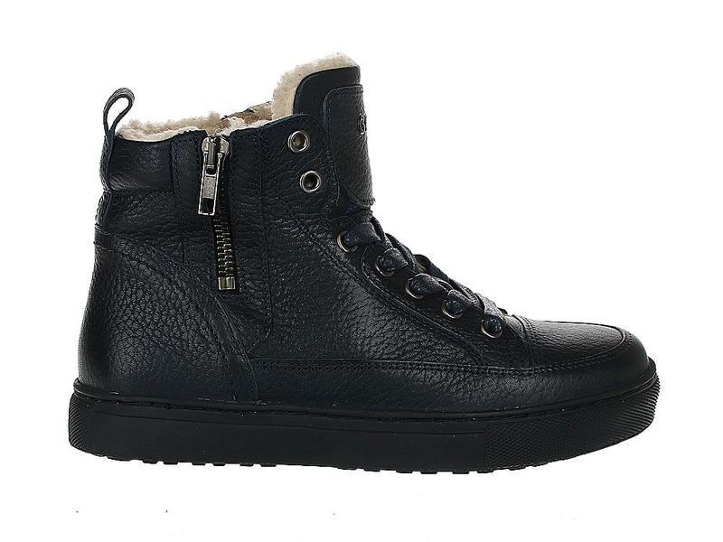 Giga Shoes 9820