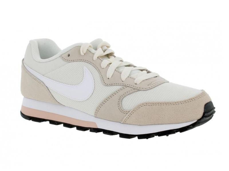 Nike 749869
