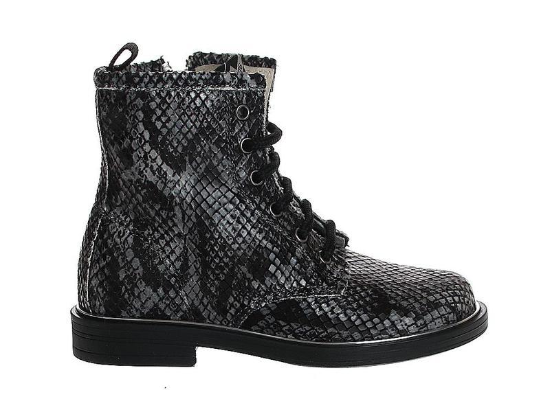 EB Shoes 2205