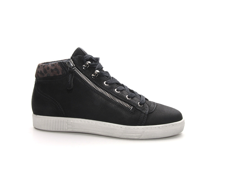 AQA Shoes A6922