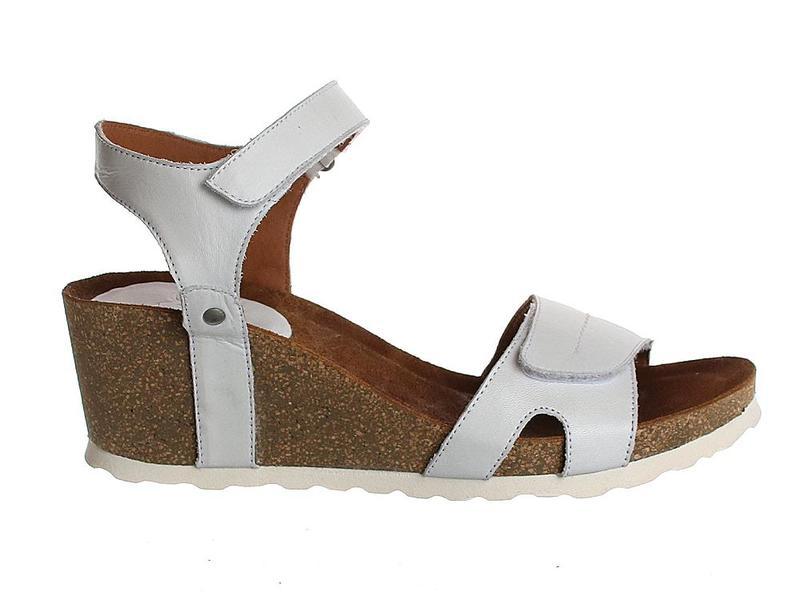 AQA Shoes A7341