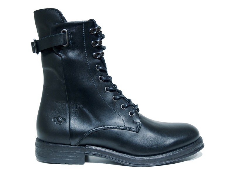 AQA Shoes A7510