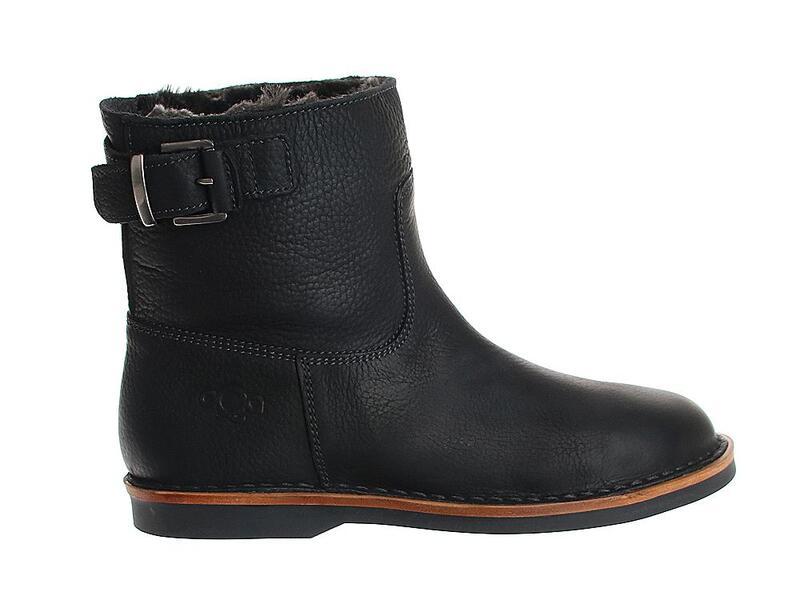 AQA Shoes A7555