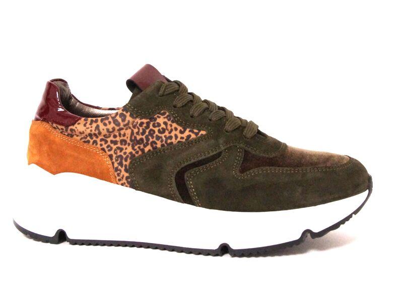 HIP Shoe Style D1918