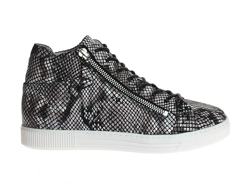 AQA Shoes A7667
